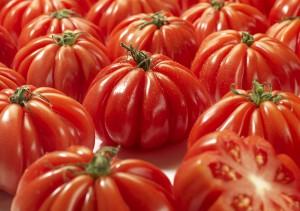 photo culinaire, photographe culinaire, maud argaibi, studio photo, studio, photo, tomate, coeur de boeuf