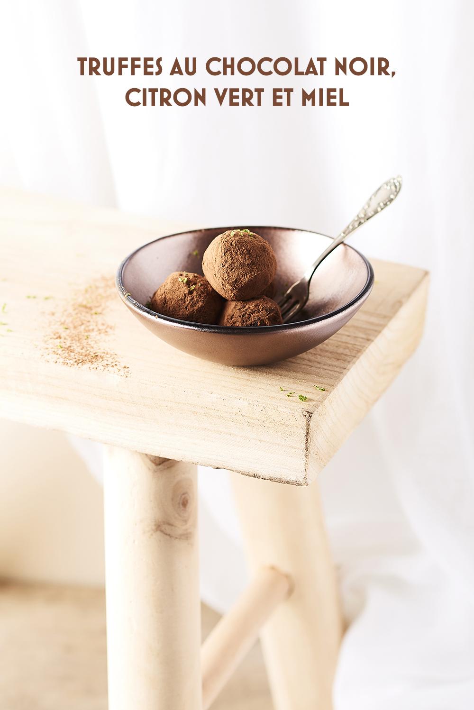 Photo culinaire truffe au chocolat noir, citron vert et miel ©MaudArgaibi Stylisme Caroline Pessin