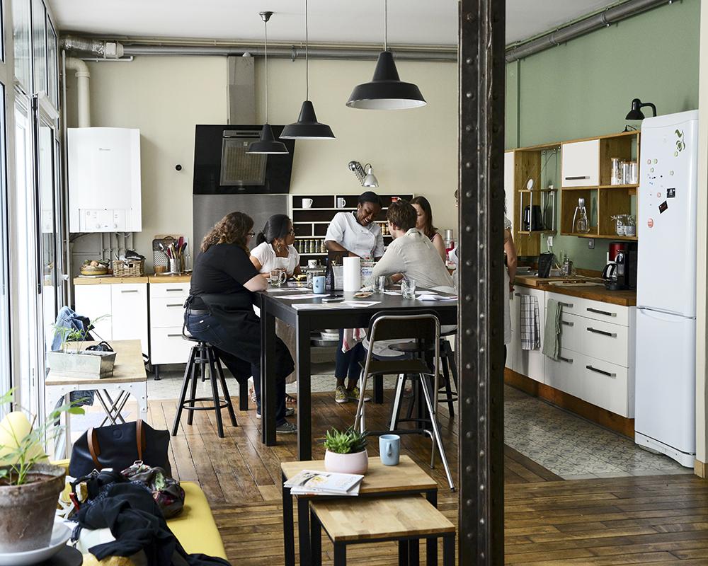 Photo location espace pour cours de cuisine à Paris ©Maud Argaïbi